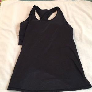 Lululemon Made to Move Tank